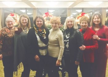 BCC - Decorating Committee 2017 IMG_0462 (002)